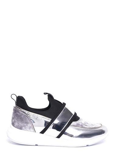 Kuum Sneaker Gümüş